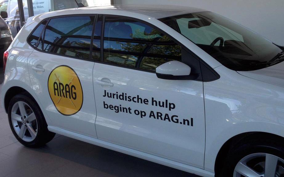 proline autobestickering auto's arag voorzien van reclame